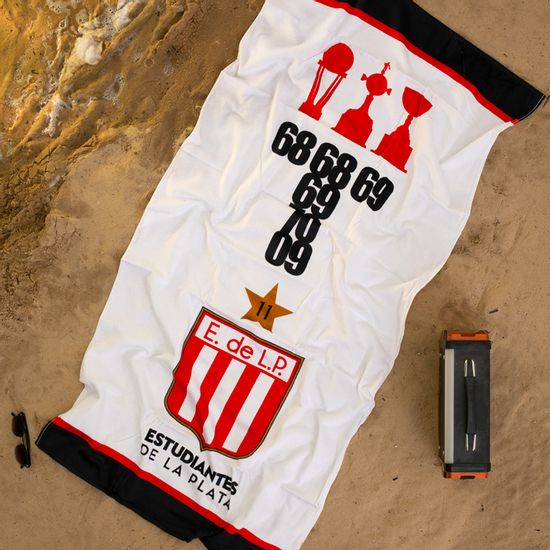 Playero-Estudiantes-trofeos